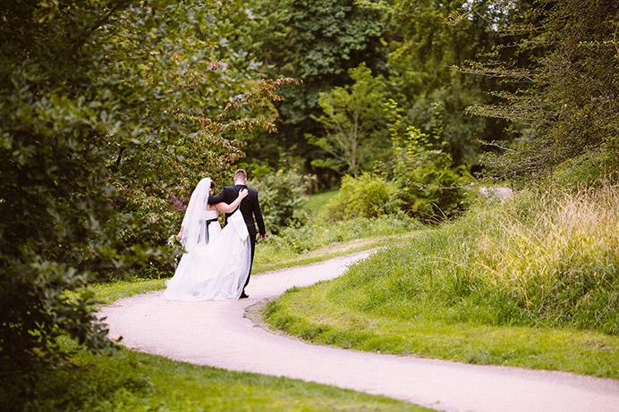 Et billede fra vores bryllup taget af vores fotograf Allan Høgholm.